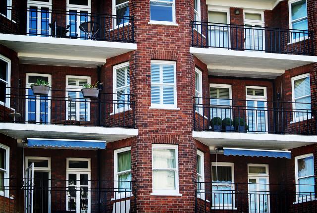 二手房砍价师:我国城市住房体系有什么缺陷?